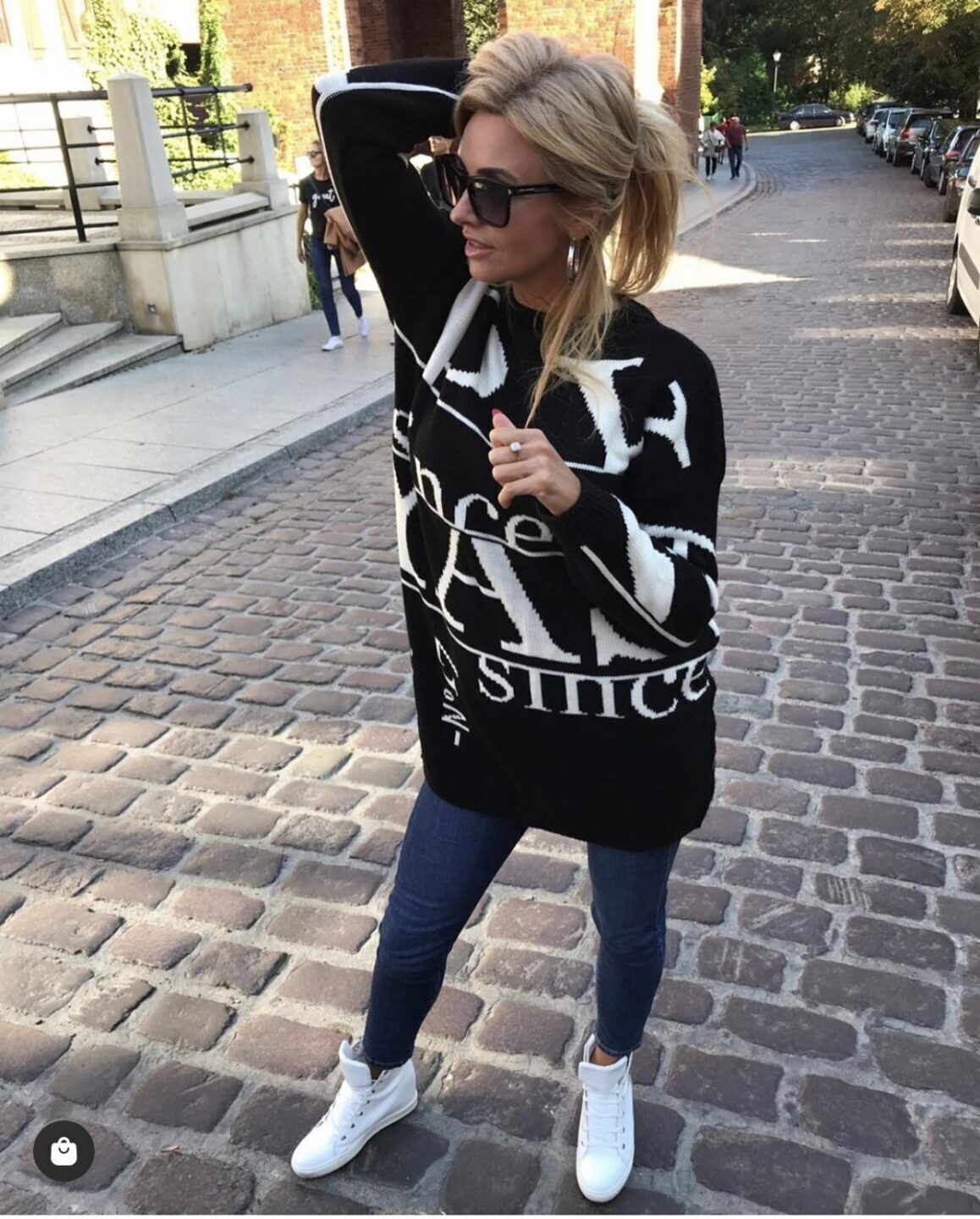 Pullover Paris Black