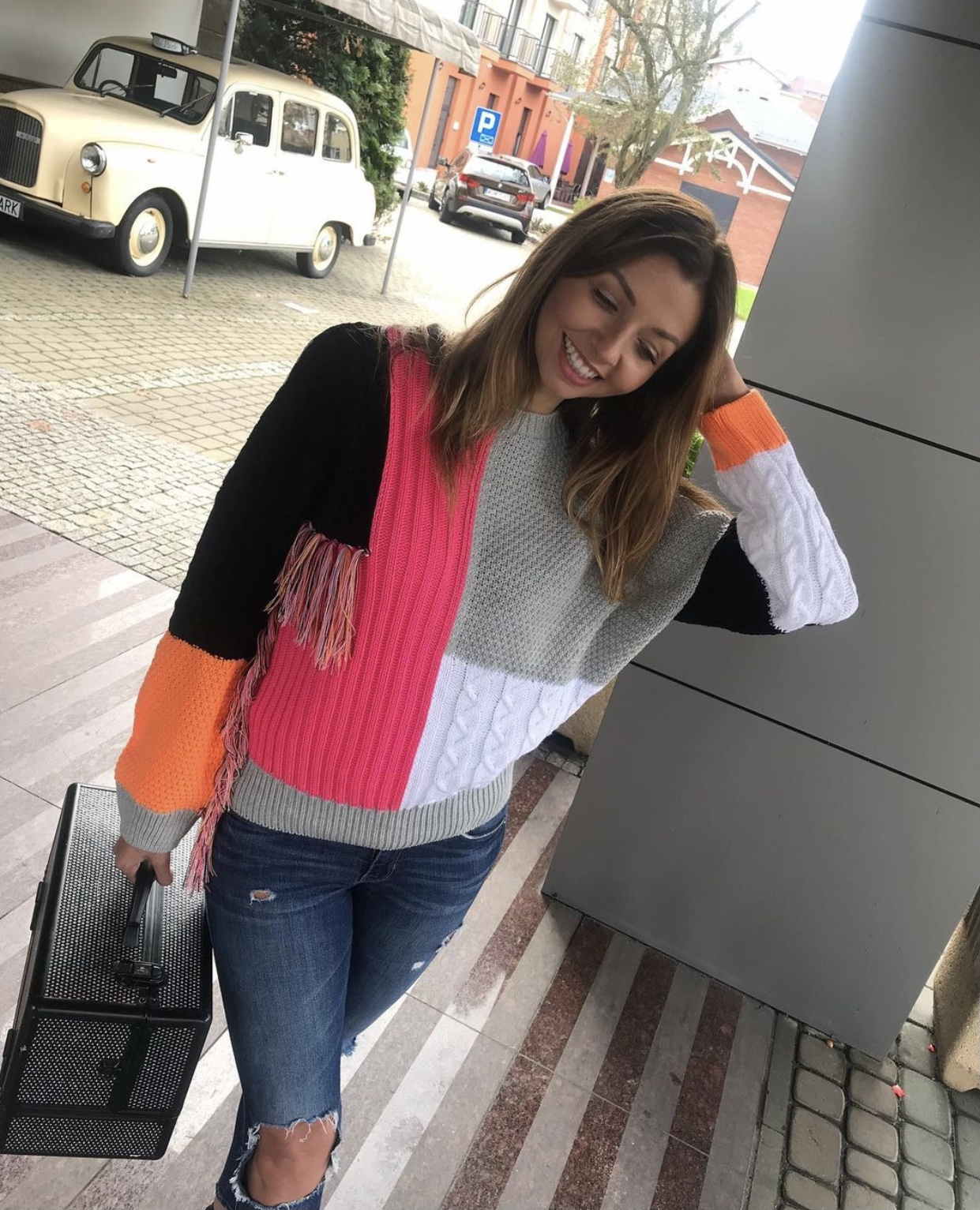 Sweater Indian Neon