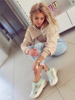 Miętowe sneakersy